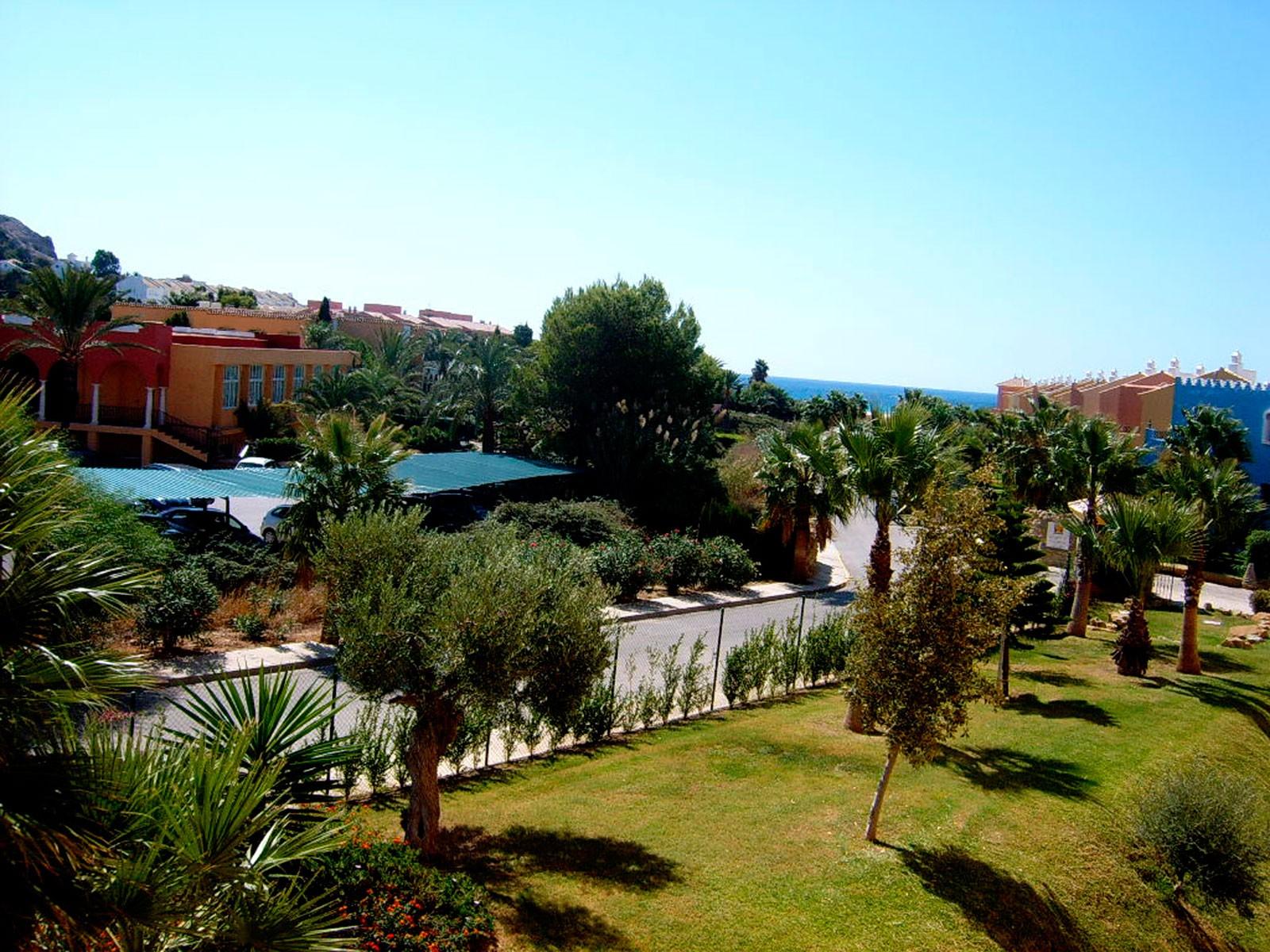 Venta apartamento de 2 dormitorios en jardines de zahara en zahara de los atunes - Jardines de zahara ...