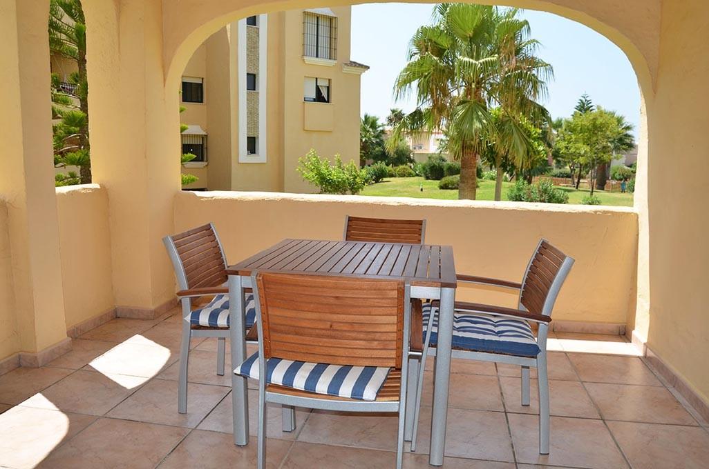Se vende apartamento de dos dormitorios y dos ba os en la for Apartamentos jardines de zahara
