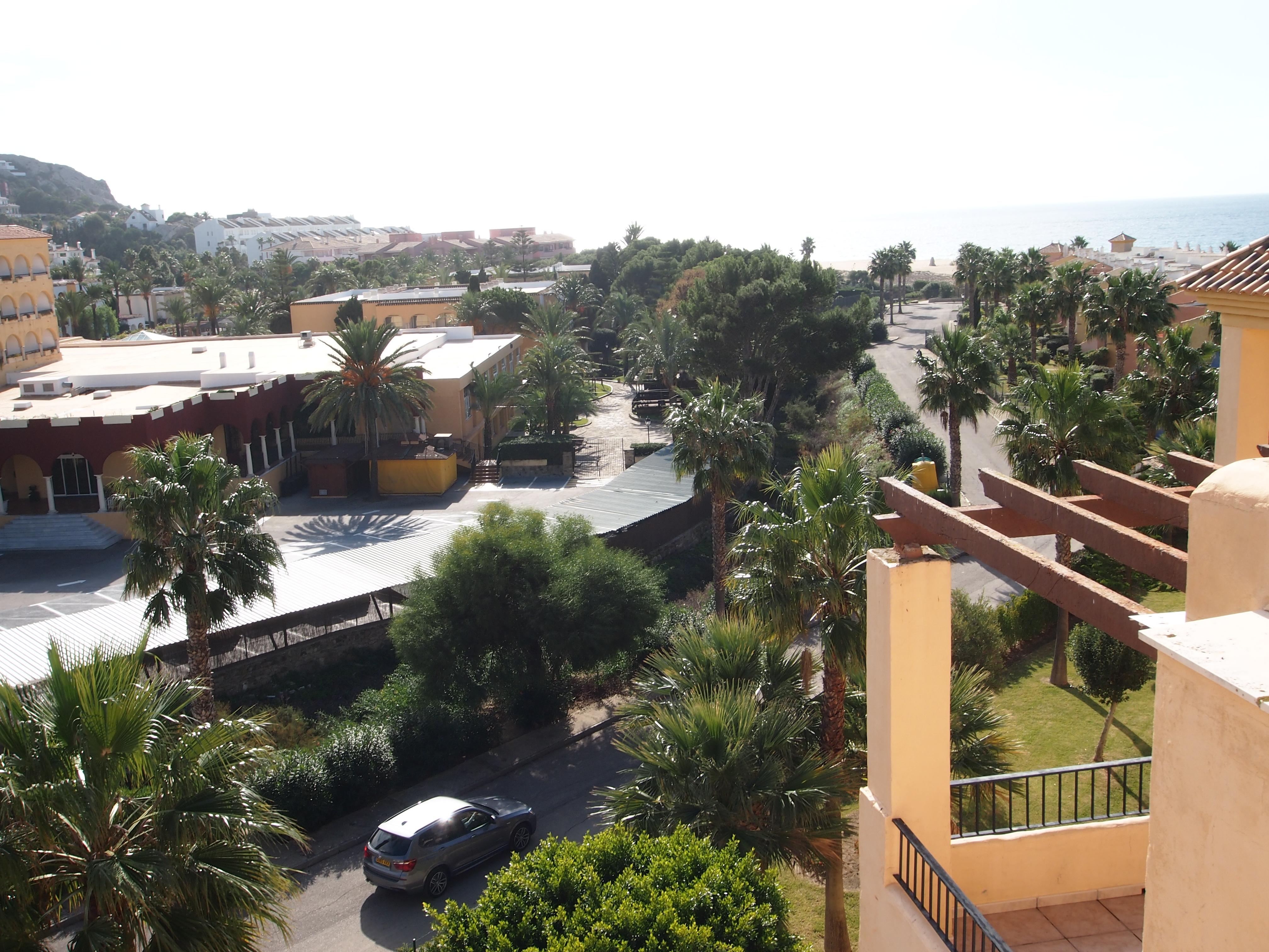 En venta tico con buenas vistas al mar en la urbanizaci n jardines de zahara - Jardines de zahara ...