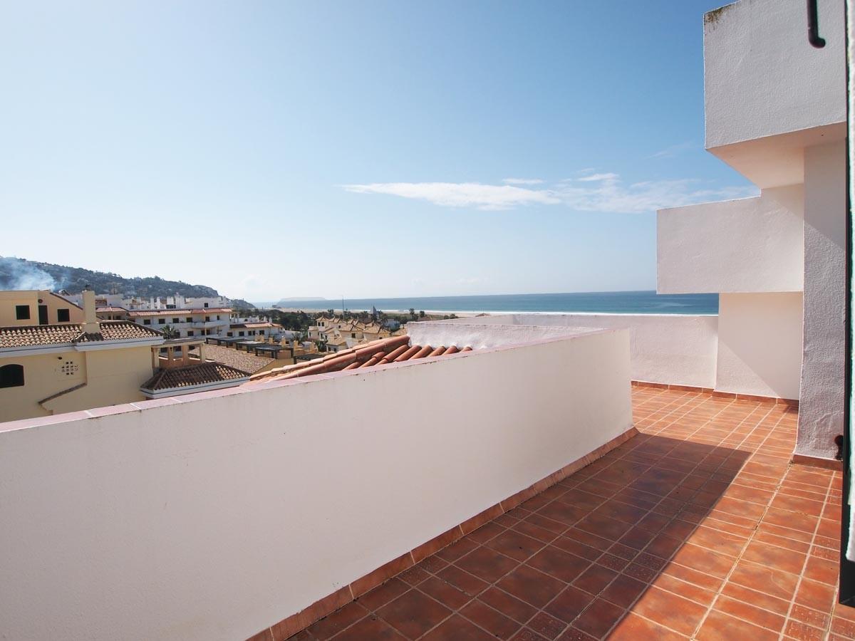 Baños Con Vista Al Mar:En venta atico duplex con vistas al mar de tres dormitorios y dos