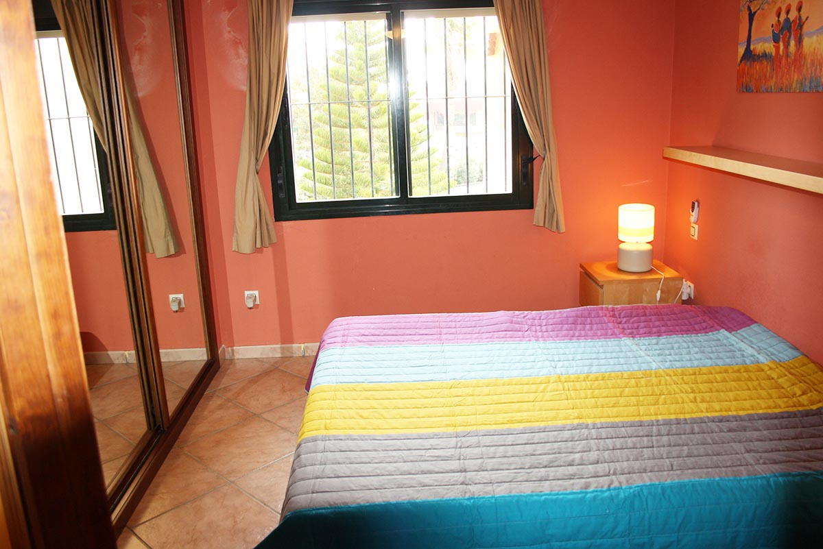 Se vende apartamento en la urbanizaci n jardines de zahara primera linea de playa - Jardines de zahara ...