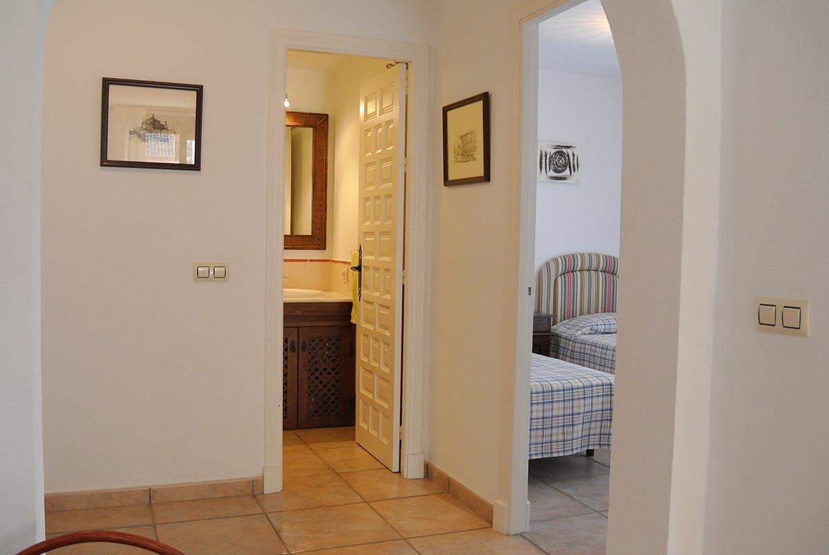 Se vende apartamento de un dormitorio en la urbanizaci n for Apartamentos jardines de zahara