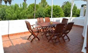 En  venta apartamento de tres dormitorios en la urbanización Atlanterra Pueblo muy cerca de Zahara de los Atunes Zahara de los Atunes