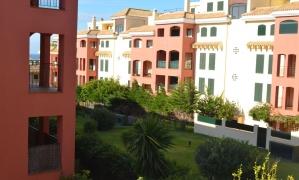 En venta apartamento de dos dormitorios con amplia terraza en urbanización Mar de Plata cerca de Zahara de los Atunes Zahara de los Atunes