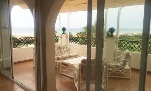 Se vende ático frontal con vistas espectaculares al mar cerca de Zahara de los Atunes. Zahara de los Atunes